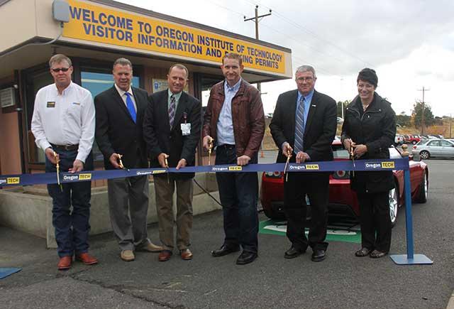 Alumnus Donates Electric Vehicle Charger