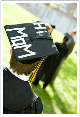 Hi Mom on graduation cap