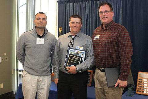 Outstanding-Student-Veteran-Award