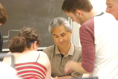 cset-professor-helping-students